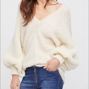 NWT Free People alpaca balloon sleeves sweater M L